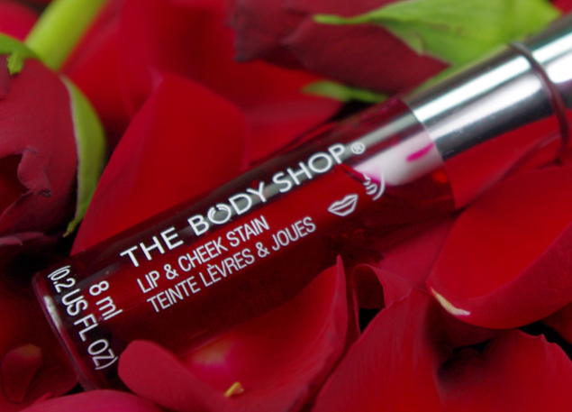 The Body Shop Lip Stain Red