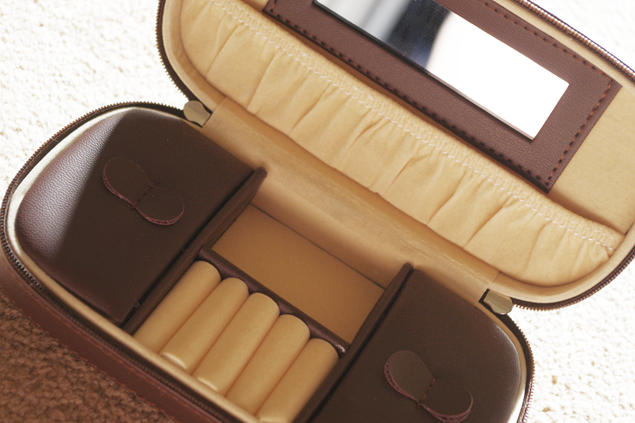 Klaire's Wardrobe: Travel Jewellery Case