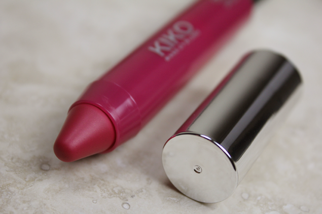 Review: Kiko Lipgloss Stick in Magenta