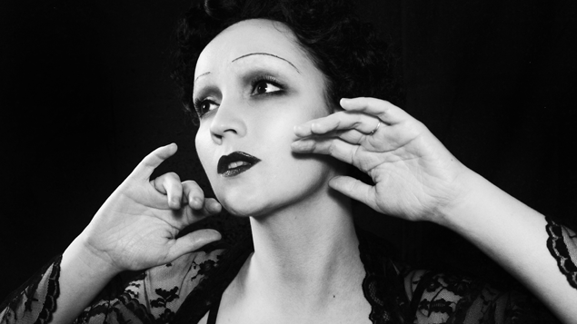 Édith Piaf black and White Photograph